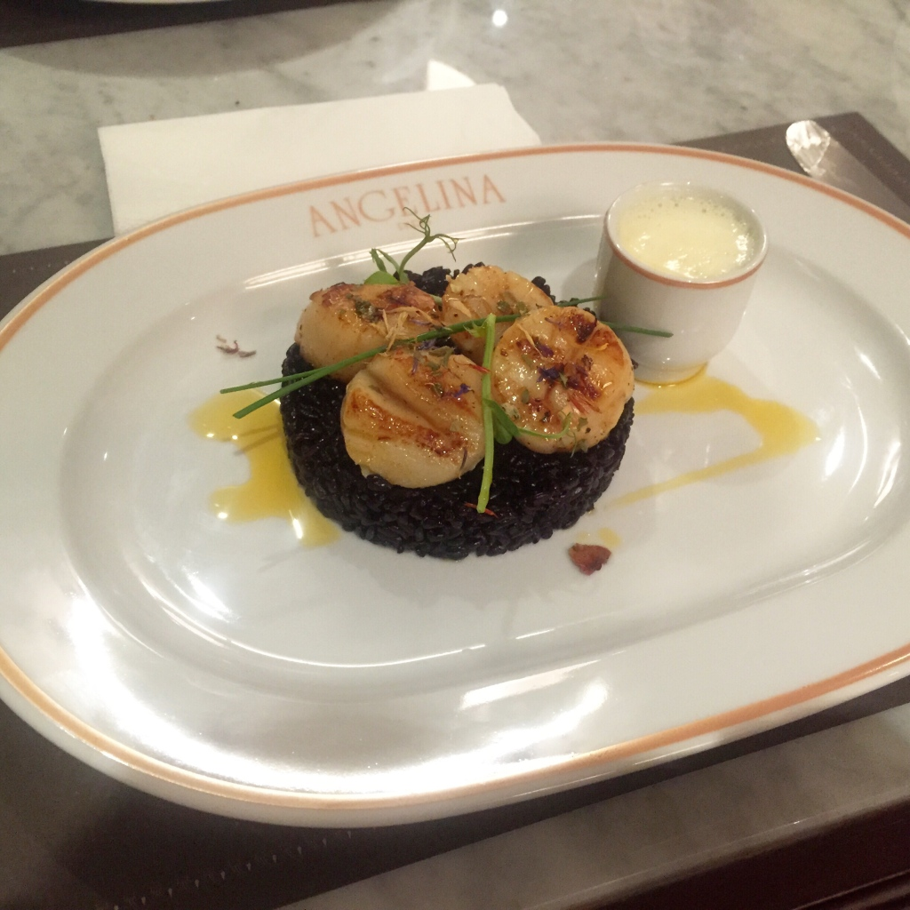 Pan Fried Scallops ~ Black venere rice, shellfish cream SGD 29.00