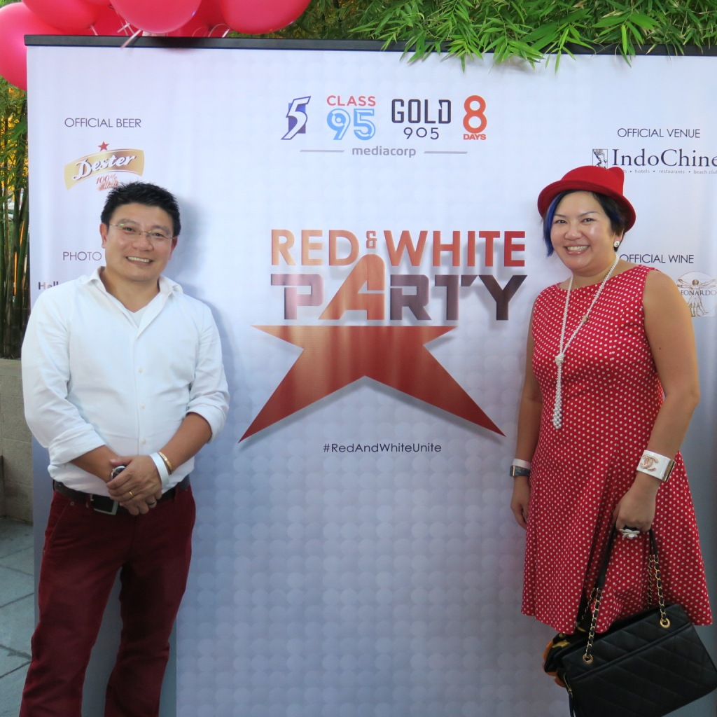 Dressed in Red & White Theme